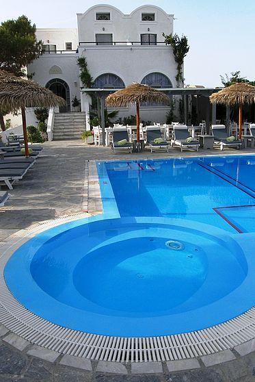 Alia Hotel Santorini